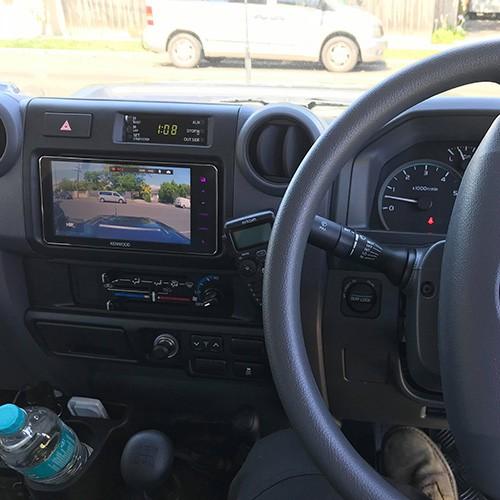 Toyota-Landcruiser-70-Series-Car-Stereo-Upgrade-Kenwood-DDX917WS-07