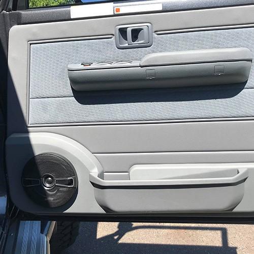 Toyota-Landcruiser-70-Series-Car-Stereo-Upgrade-Kenwood-DDX917WS-09